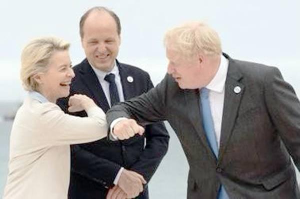 European Commission President Ursula von der Leyen seen with British Prime Minister Boris Johnson at the G7 summit in Cromwell.