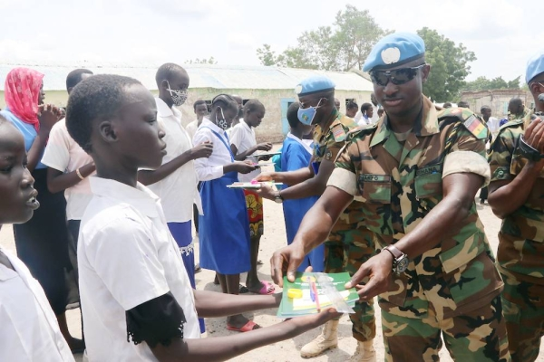 School children in Bentiu South Sudan celebrated the International Day of the African Child in style, thanks to a surprise visit by UNMISS peacekeepers from Ghana. They brought tons of educational goodies, and as far as we know everyone is still merrily rejoicing! — courtesy Twitter