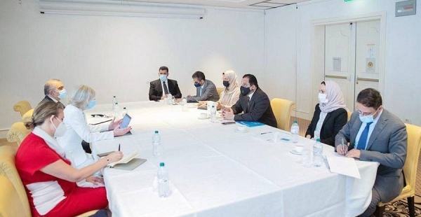 Minister of Education Dr. Hamad Bin Mohammad Al-Sheikh met in Catania, Italy, Tuesday with the UNESCO Assistant Director-General for Education Stefania Giannini.