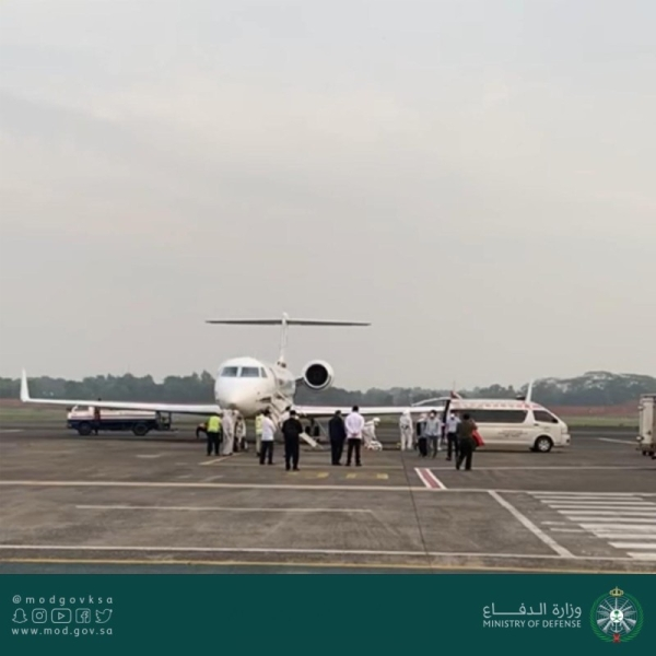 Citizen infected with COVID-19 successfully evacuated from Indonesia