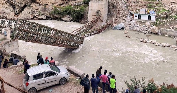 Nine people were killed by a landslide in the northern Indian state of Himachal Pradesh on Sunday as boulders fell and hit the vehicle they were traveling in. — Courtesy photo