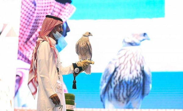 The International Falcon Breeders Auction (IFBA) has witnessed a historical event when a rare falcon was sold at a record SR270,000, during the second night of the direct auction held at the Saudi Falcons Club (SFC) in Malham.