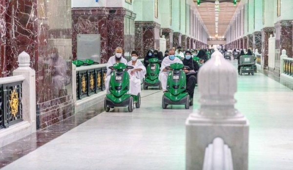 The General Presidency for the Affairs of the Two Holy Mosques has allocated 8,000 vehicles in the Grand Mosque to ensure the pilgrims perform Umrah in ease and comfort.