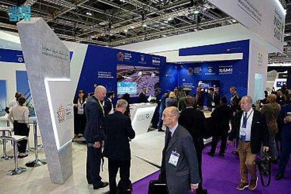 The Saudi pavilion in the International Defense and Security Equipment Exhibition (DSEI) in London received a number of dignitaries, industry leaders and investors in the military, security and industry fields.