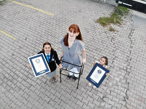 Rumeysa Gelgi is the tallest woman living standing at 215.16cm (7ft 0.7in).