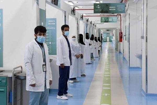 Saudization of certain health specialties, medical equipment sector to create 8500 jobs
